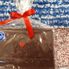 Click to view Pawlicious Bar - Dark Chocolate/Candy Cane Crush